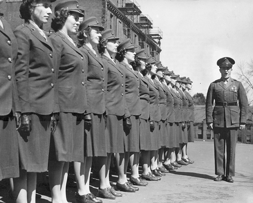 First Female Marine Officers Arrive at Mt. Holyoke College